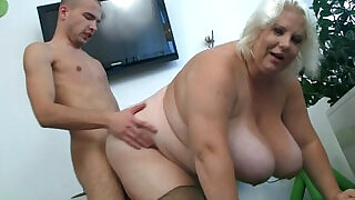 6:00: Huge boobs blonde lady gets doggystyled