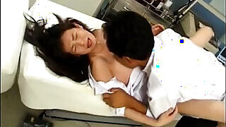 10:00: Japanese Model fucked oral and in cooter by doctor