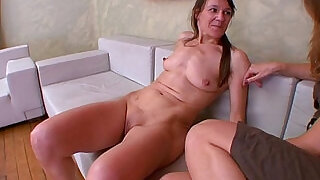 12:00: FRENCH amateur Orgasmes multiples explosifs !