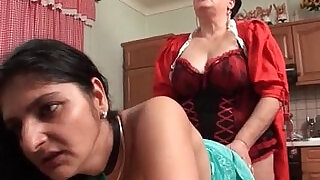 5:00: Horny fuck their cunts wit
