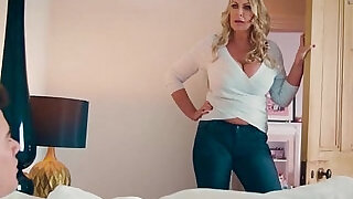 1:00: My lover Fira Ventura gets horny and gives me a blowjob under