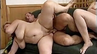 5:15: Fat mature gets her cutn fucked