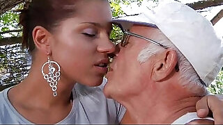 6:00: Big dick fucks his much younger sexy girlfriend