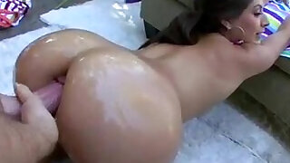 7:00: Doggy in anal oil sex with Jynx Maze