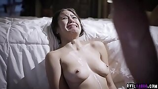6:05: Stepdaughter fucked by dad after he masturbates